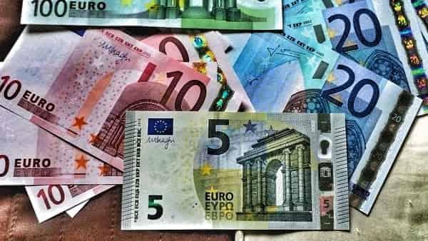 Курс Евро прогноз и график EUR/RUB на 22 января 2021